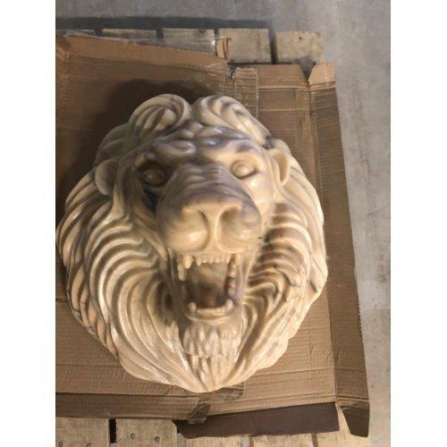 Голова Льва. белый мрамор